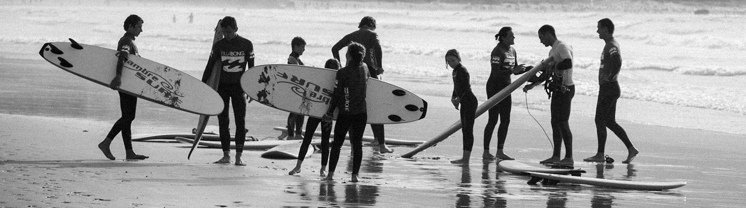 ESCUELA DE SURF PARA GRUPOS